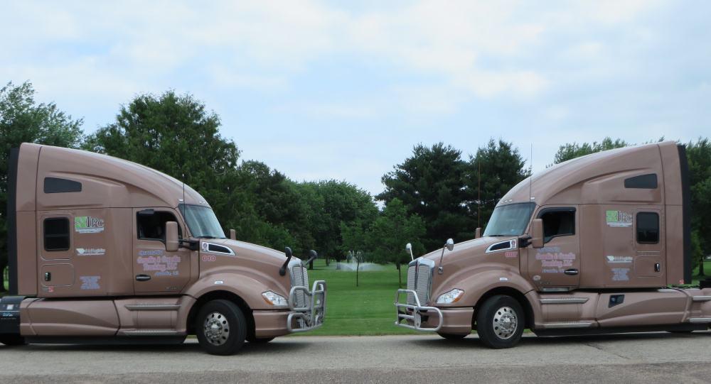 Double Trucks Website 1